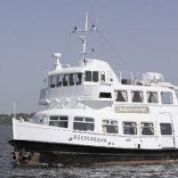 Морские прогулки с экскурсией по фортам Кронштадта