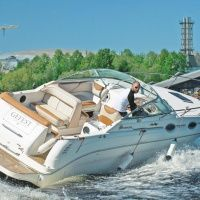 Аренда катеров  и моторных яхт. Яхтенные Сезоны