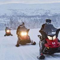 Катание на снегоходах в Горнолыжный центр «Огни Мурманска»