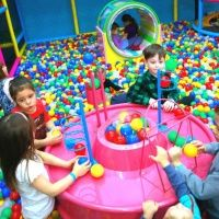 Детский спортивно-развлекательный центр «Лёсики»