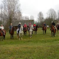 конный двор Махерово